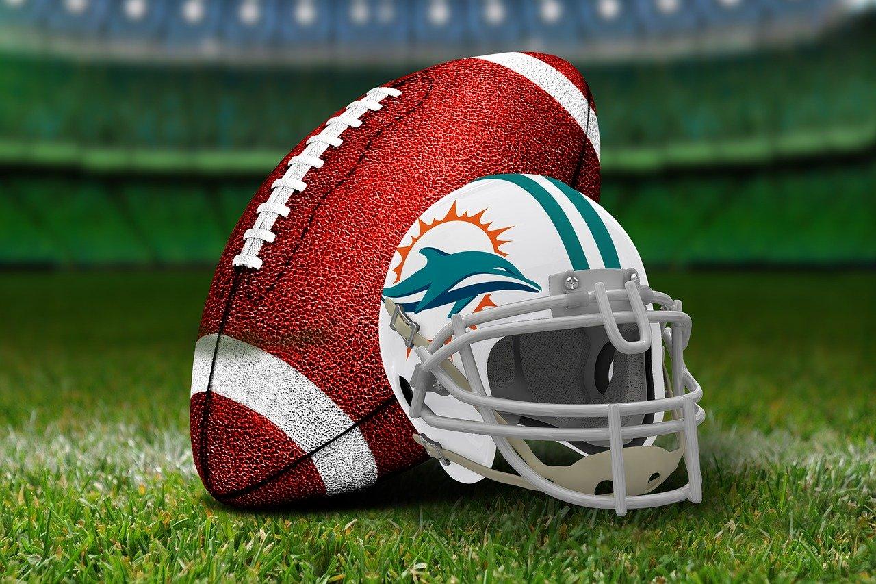 american-football-3579691_1280